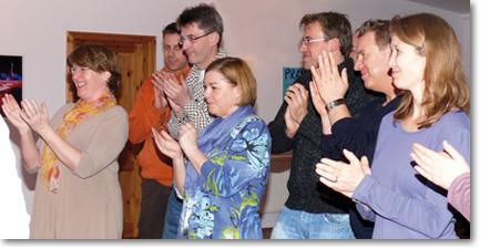 Lichtblick Trainer-Ausbildung Foto Gruppenapplaus